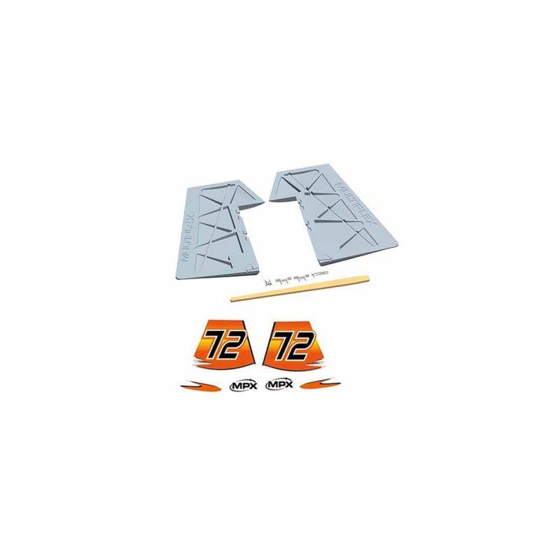 224466 směrovka se samolepkami pro Extra 330SC - 1