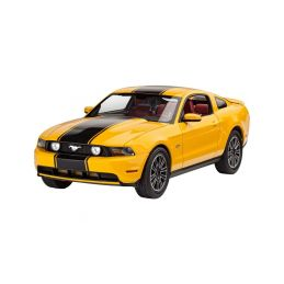 Revell Ford Mustang GT 2010 (1:25) set - 1