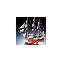 Academy New Bedford Whaler (1:200) - 1